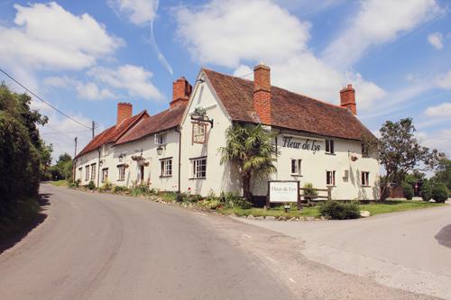 Fleur-de-lys-country-pub-restaurant-canal-lapworth-warwickshire-4